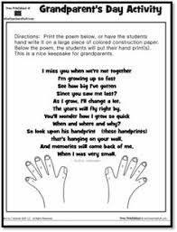 handprint wreath and poem my tiny toddlers