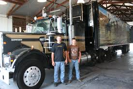 kenworth chillicothe jobs smokey and the bandit u0027s u0027 truck visits roark trucking news the