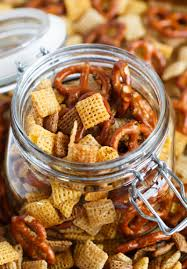 s chex mix table for two