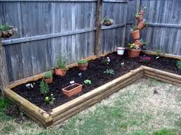 Easy Backyard Landscaping Ideas by Exterior Great Easy Backyard Idea Simple Back Yard Landscaping
