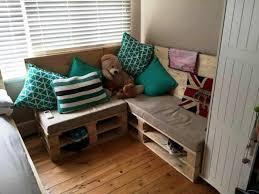 canap chambre enfant comment fabriquer un canapé en palette tuto et 60 idées