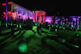 Halloween Party Lighting by Where To Party Before You Turn Into A Pumpkin This Halloween In
