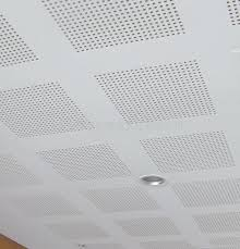 China Soundproof Acoustic Perforated Gypsum Ceiling Tile 605 1210