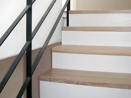 treppen holzstufen treppen center oberschwaben betontreppe belegt mit massivholzstufen
