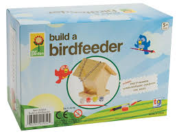 amazon com toysmith build a bird feeder kit hobby model