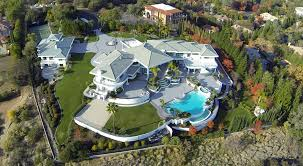 celebrities homes 20 most beautiful hollywood celebrity homes eddie murphy owns this