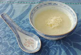 cuisiner les feuilles de chou fleur soupe aux feuilles de choux fleurs la cuisine des séries