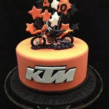 51 best motorbike cakes images on pinterest motorbike cake