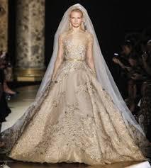 robe de mari e de princesse de luxe robe mariee de luxe doree style princesse broderie communique de