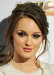 leighton meester body measurements height weight age shoe bra size