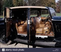 rolls royce vintage phantom car rolls royce phantom iii model year 1936 1939 black sedan