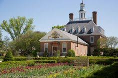 make it a colonial williamsburg inspired thanksgiving with these