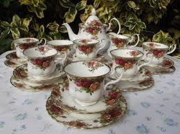 roses tea set royal albert country roses tea set