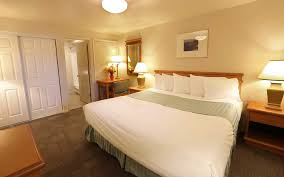 3 Bedrooms by Oceanfront Rooms U0026 Rates Driftwood Shores Resort Florence Oregon