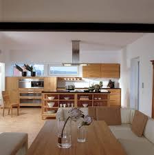 küche mit esstisch küche holz modern einrichtung haus eisner baufritz küche offen