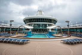 looking for glamour in your holiday then get on that cruise ship