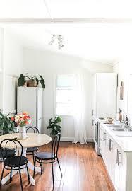 kitchen decor ideas on a budget best free simply apartment kitchen decorating ideas on budget