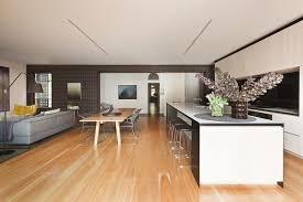 küche esszimmer wohnzimmer und küche zusammen esszimmer offen holzboden ideen