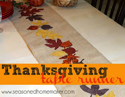 appliquéd thanksgiving table runner hobby farms