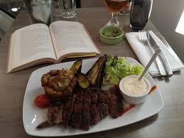 cuisine du donjon entrecote con salsa al formaggio di capra picture of restaurant du