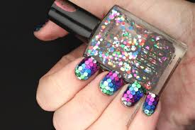 nail art true rainbow fish nails