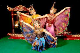 merak hijau merak hijau lambang keindahan budaya di berbagai negara
