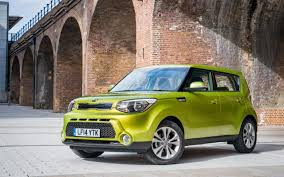 kia soul kia soul review a cubist alternative to the curvy nissan juke