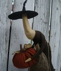 primitive halloween witch decor and decorations
