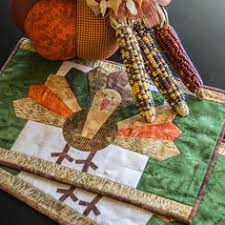 quilt inspiration free pattern day thanksgiving quilted table