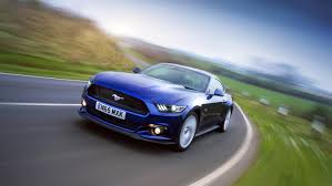 buy ford mustang uk ford mustang review and buying guide best deals and prices buyacar