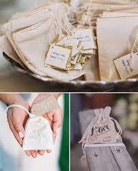 fall wedding favor ideas 10 great fall wedding favors for guests 2014