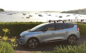 renault grand scenic extended test 2017 renault grand scenic 130 dci