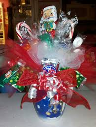 Christmas Candy Craft - fun candy bouquet ideas from our subscribers ediblecraftsonline com