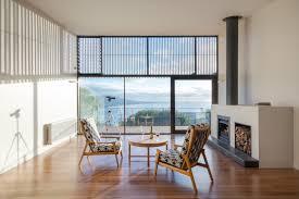 australian beachfront willow home boasts solar panels and