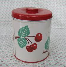 c dianne zweig kitsch u0027n stuff vintage red and white tin