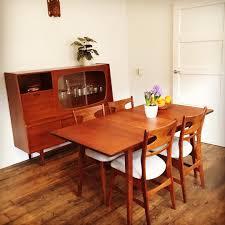 modern retro kitchens 40 combine retro kitchen designs in a modern cozy kitchen space