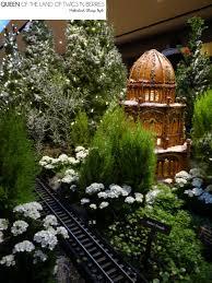 Zoo Light Chicago by Chicago Botanic Garden U0027s Wonderland Express Queen Of The Land Of