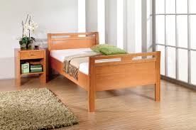 Schlafzimmer Komplett In Buche Komfortbetten Bettenland Halstenbek
