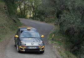 renault rally twingo renaultsport r2 evolution to debut on rally sunseeker