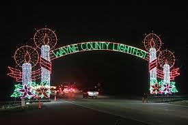 holiday lights tour detroit wayne county lightfest after5 detroit
