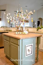 Above Cabinet Kitchen Decor Kitchen Decorating Above Kitchen Cabinets Tuscan Style Island
