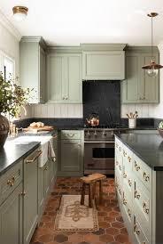 farmhouse style kitchen cabinets 15 modern farmhouse kitchen decorating ideas