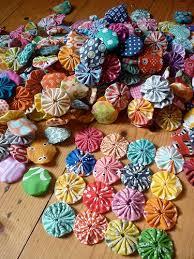 243 best yo yo quilts images on pinterest yo yo quilt crafts