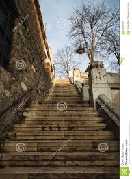 imagenes de bottom up stone staircase of an old building view from the bottom up stock