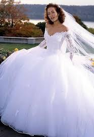 wedding dresses fluffy modern chicago wedding by leigh photographie fluffy