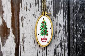 embroidered christmas christmas tree necklace