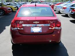 nissan versa vs chevy cruze consumer and car exam quiz 28 the 2011 chevrolet cruze 1 lt