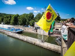 Baden Wurttemberg Flag Baden Württemberg Castor Gegner Kämpfen Nach Transporten Weiter