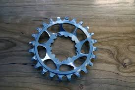 steel chain rings images Wolf tooth components turns out stainless dm chainrings ovals jpg