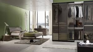 armadio con ante in vetro armadio da letto ante scorrevoli idee di design per la